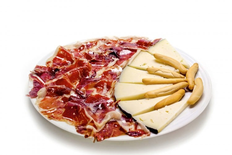 queso jamon serrano tapas menu cardamomo tablao flamenco madrid