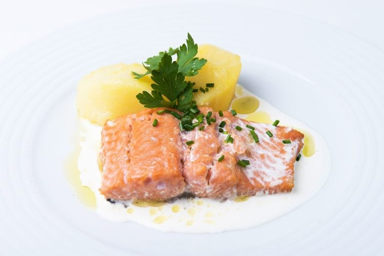 tapas flamenco tablao madrid cardamomo salmon menu