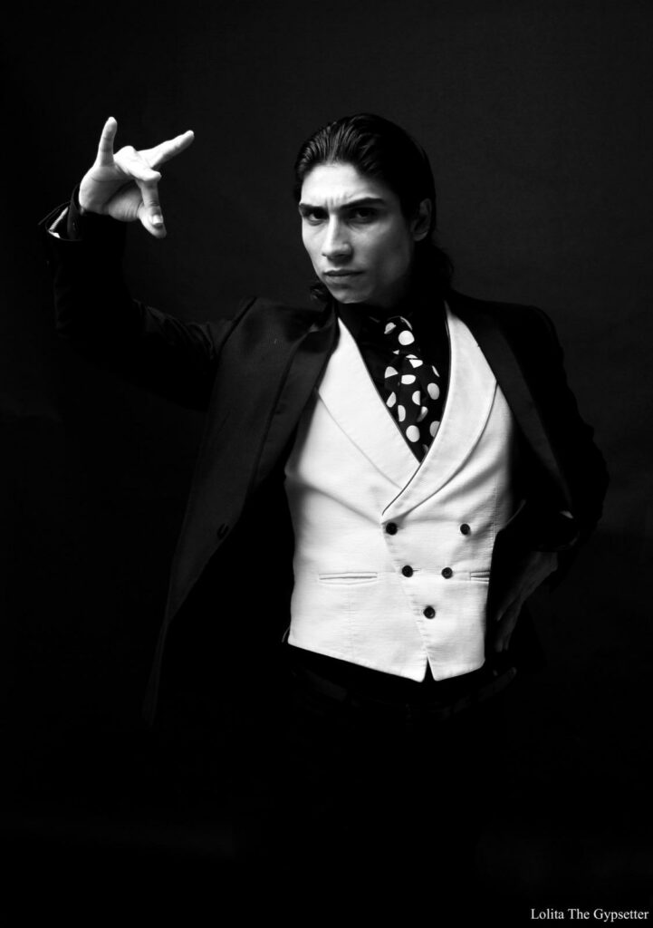 El Yiyo bailaor revelacion del flamenco en tablao cardamomo madrid